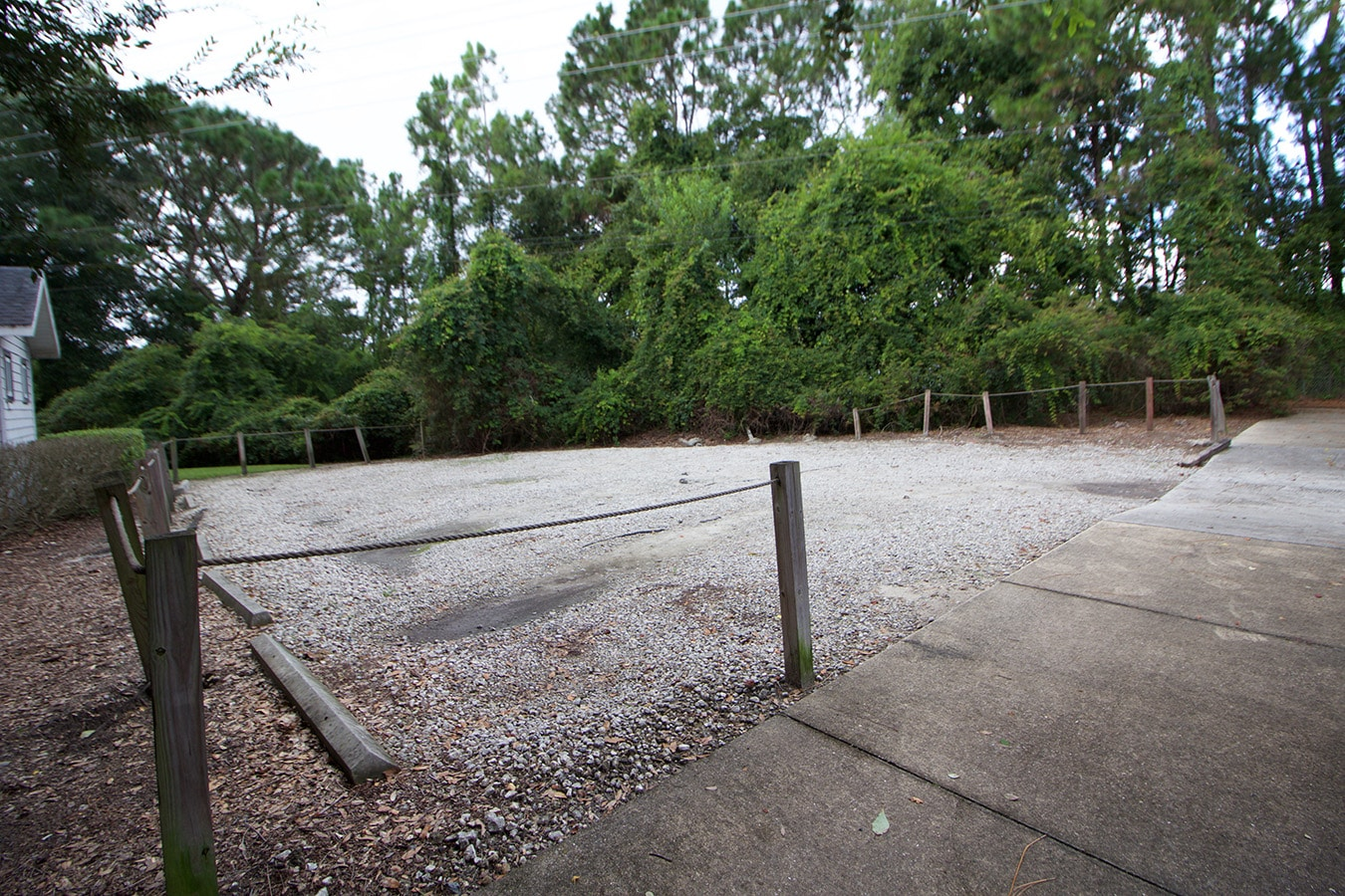 Hampton Oaks DBK Parking Lot Before
